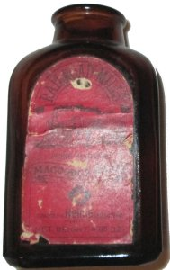 helme snuff bottle